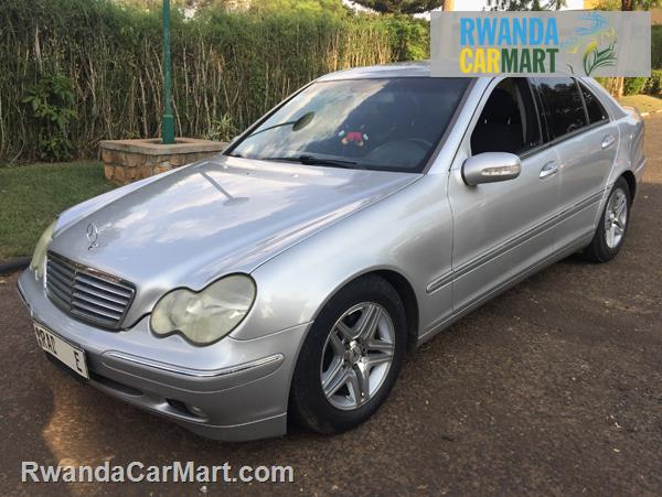 used mercedes benz luxury sedan 2002 2002 mercedes benz c200 kompressor rwanda carmart. Black Bedroom Furniture Sets. Home Design Ideas